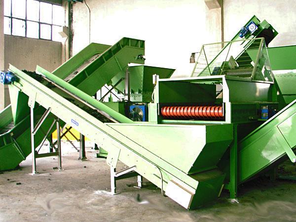 Popolare Impianto di riciclaggio e trattamento pneumatici PFU   Tires Spa AU35